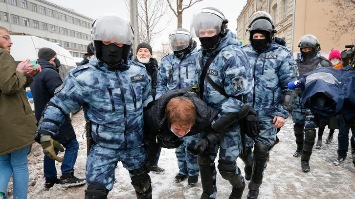 Russian police detain Navalny activists before protests