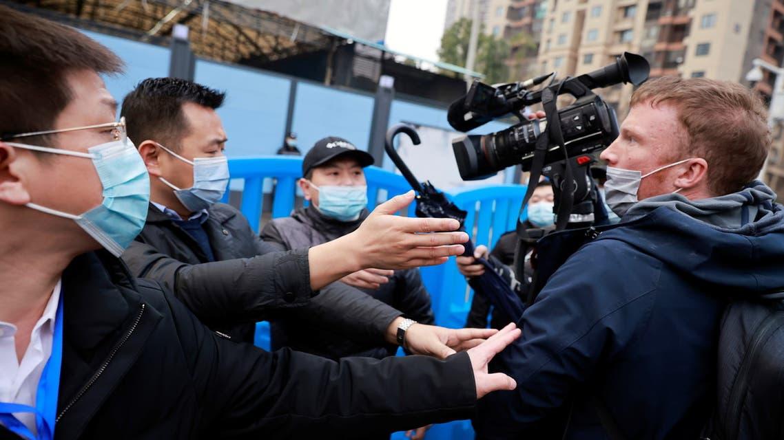 فريق البحث الأممي في ووهان (رويترز)