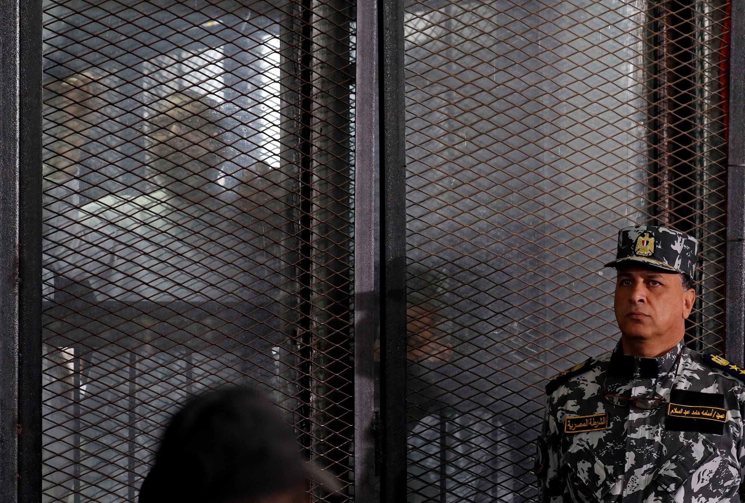 از محاکمات رهبران اخوان المسلمین در مصر (بایگانی - رویترز)