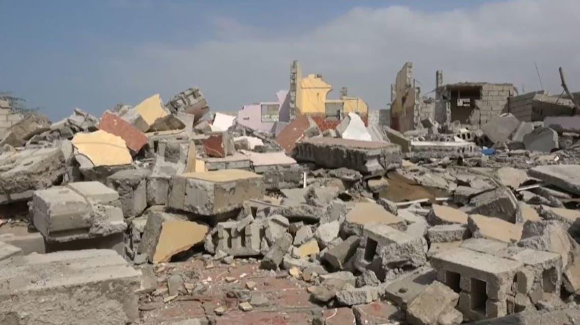 دمار بالمنازل جراء قصف الحوثي 2
