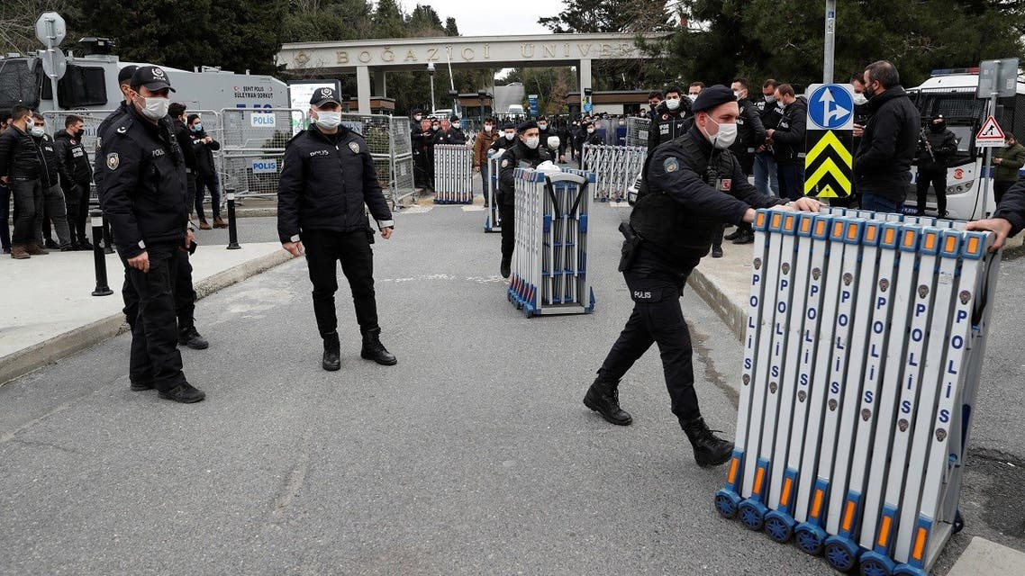 Riot police stand guard in front of the Bogazici University as students protest against the new rector and arrest of two students inside the campus, in Istanbul, Turkey February 1, 2021. (Reuters/Murad Sezer)