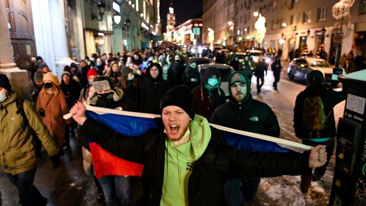برلين ترد على موسكو.. وتستدعي السفير الروسي