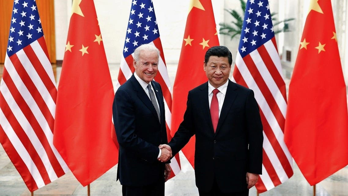 Chinese President Xi Jinping shakes hands with then-US Vice President Joe Biden. (File photo: Reuters)
