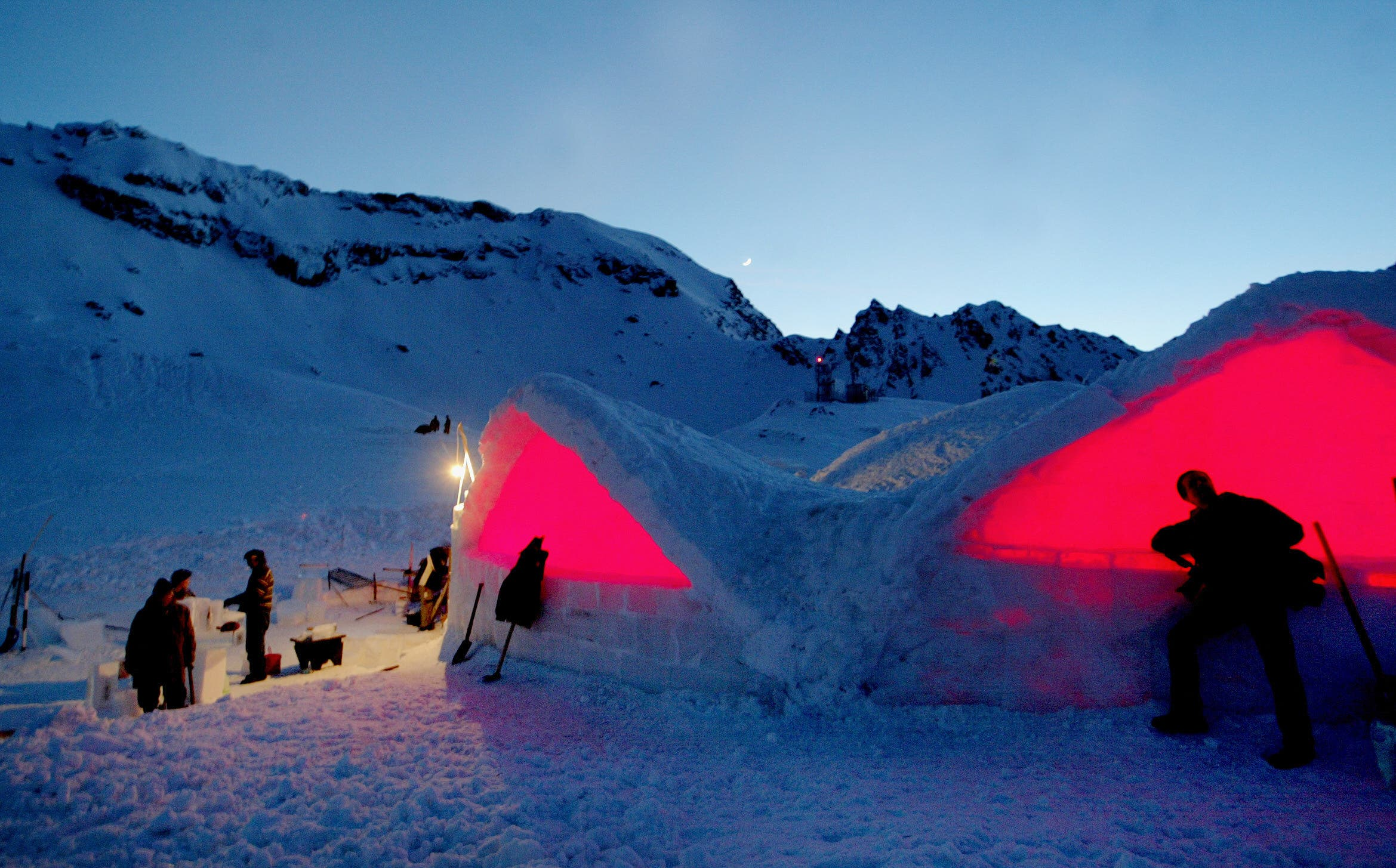 An ice hotel in Romania (File photo: AFP)