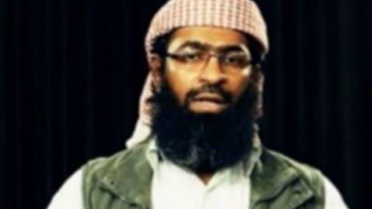 زعيم القاعدة المعتقل باليمن.. سجن وهروب وملايين الدولارات!