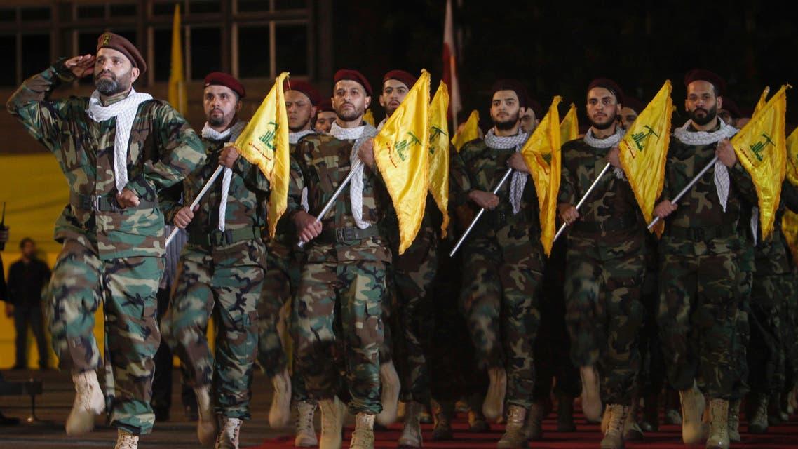 عناصر من ميليشيا حزب الله اللبناني (أرشيفية من رويترز)