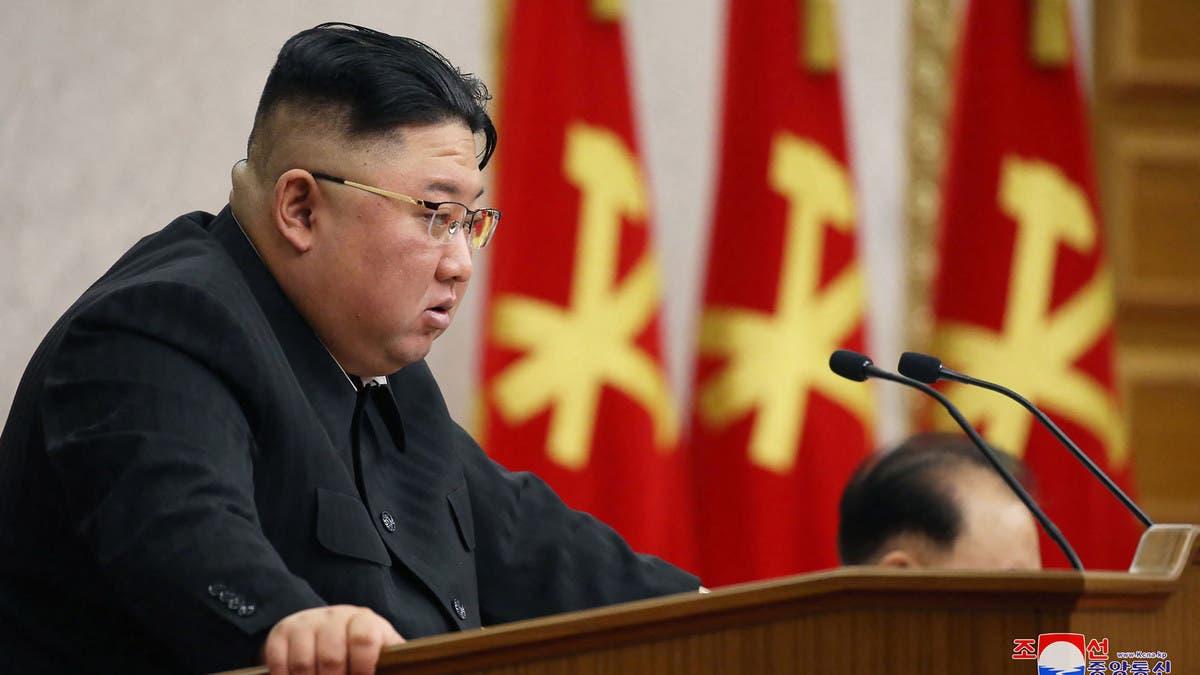 كيم يلوم المسؤولين في الإخفاقات الاقتصادية لكوريا الشمالية