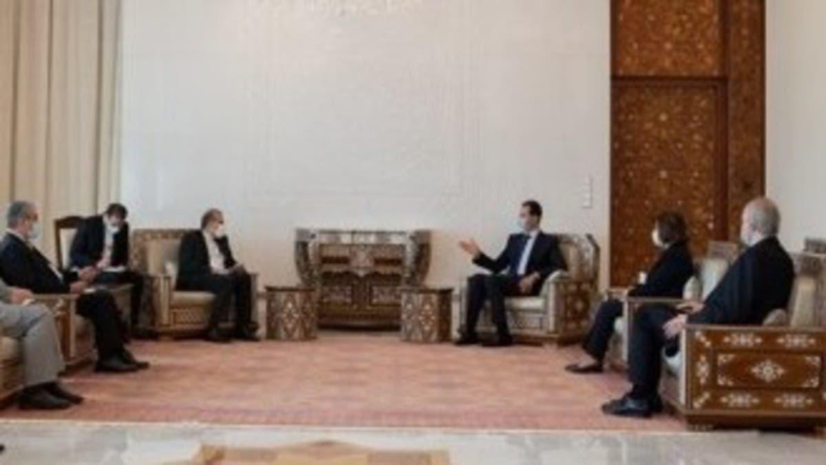 بعد اتهامها بالفساد.. بثينة شعبان تظهر بصورة مع الأسد