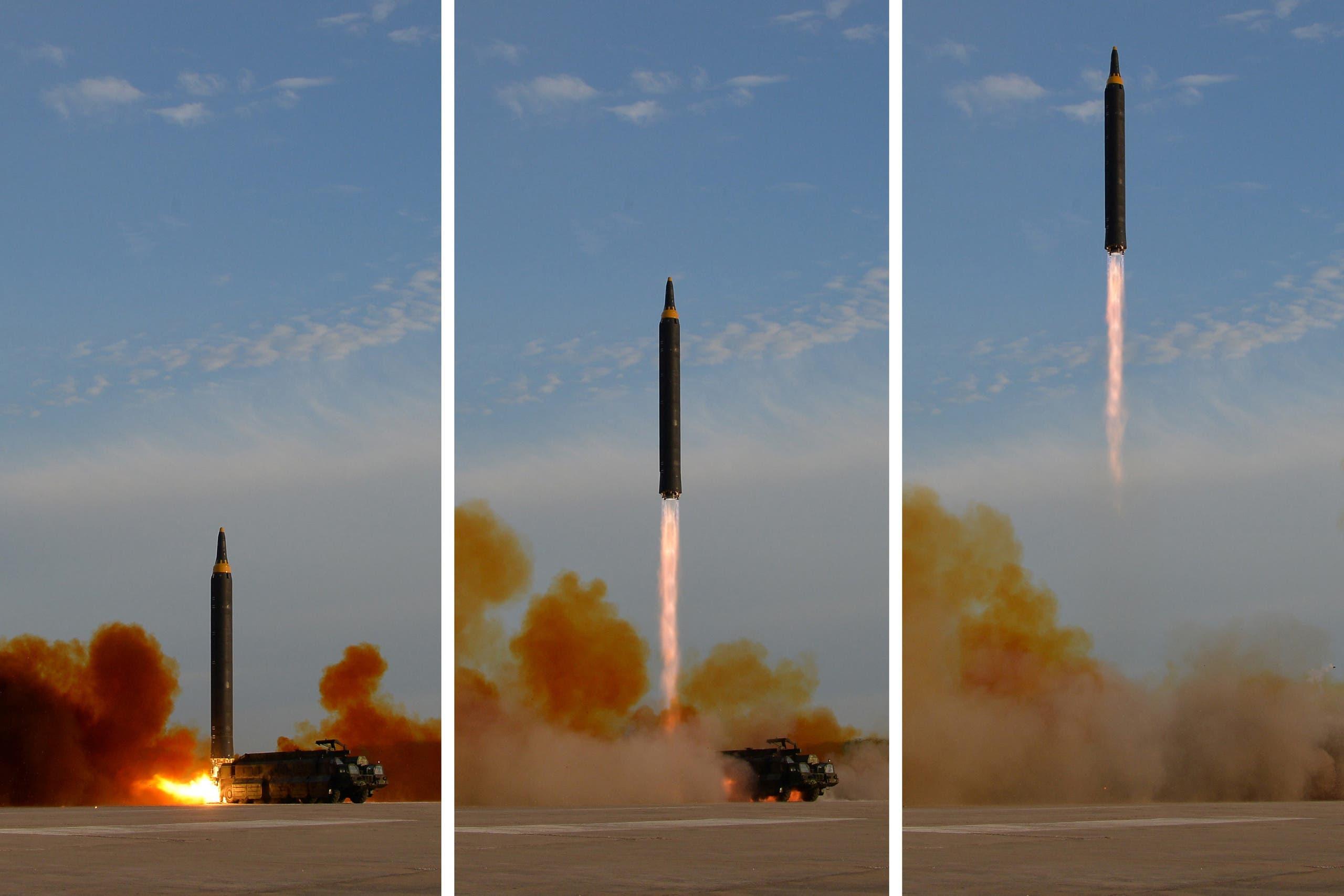 صاروخ Hwasong-12 (أرشيفية)