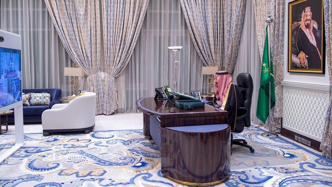 Saudi Arabia's King Salman chairs a virtual cabinet meeting. (SPA)