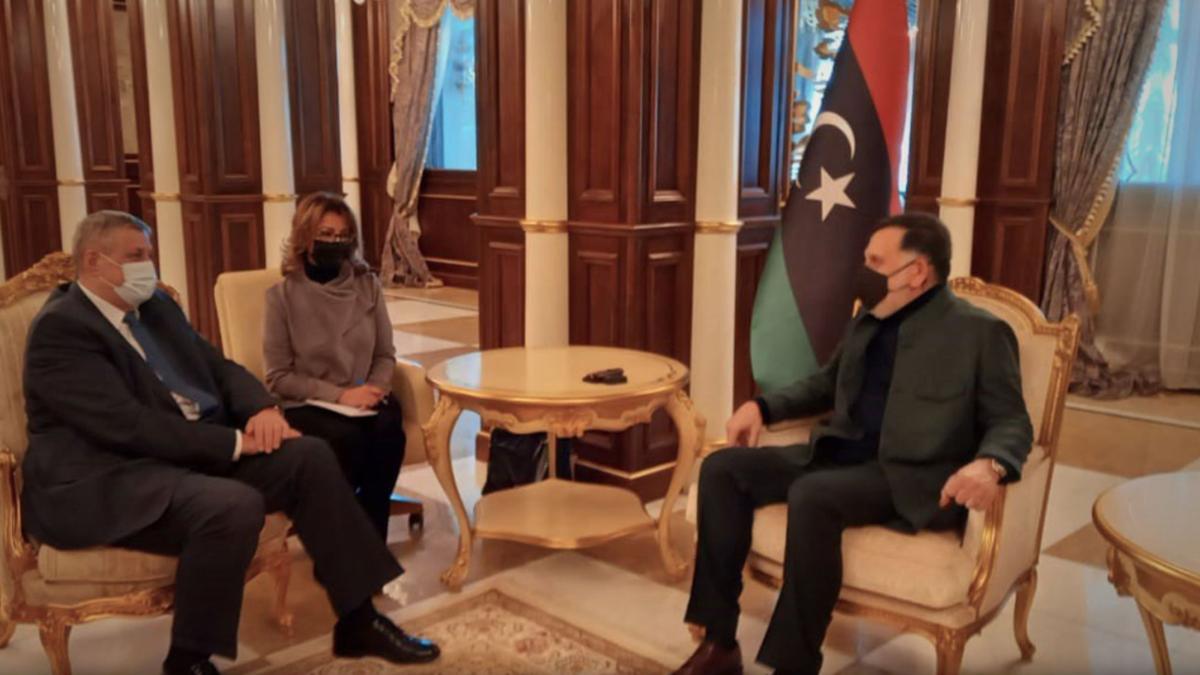 السراج للمبعوث الأممي: ملتزمون بانتقال سلس للسلطة في ليبيا