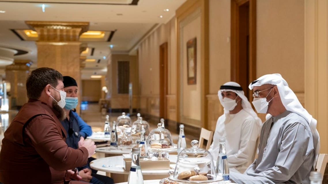 Abu Dhabi Crown prince Sheikh Mohammed bin Zayed Al Nahyan (right) receives a letter by Russian President Vladimir Putin from President Ramzan Kadyrov of Chechnya (left). (WAM)