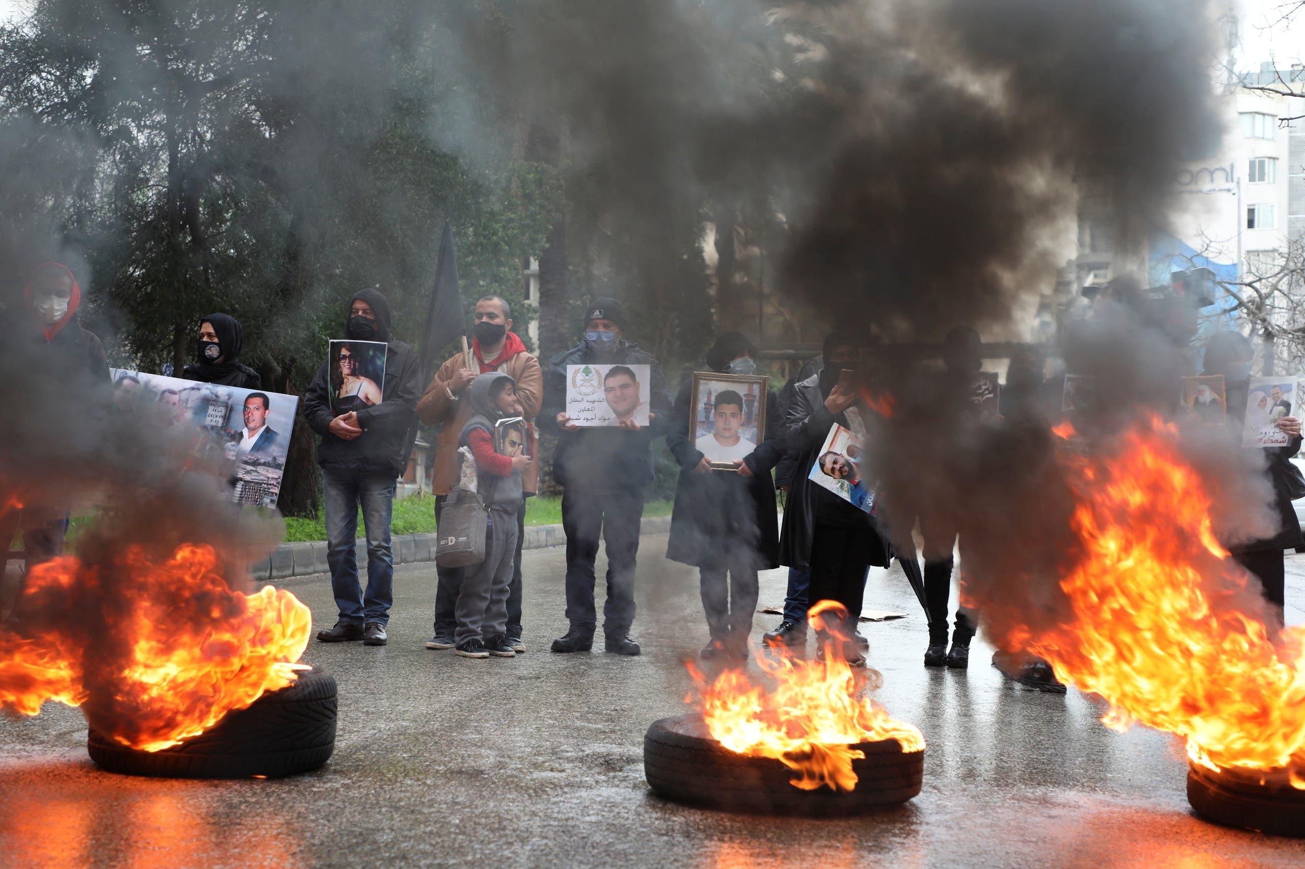 من أمام قصر العدل في بيروت يوم 19 فبراير