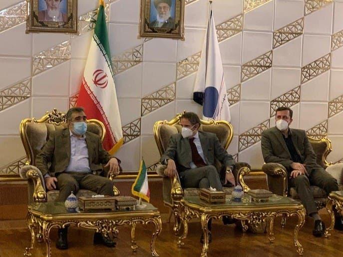 مدیر آژانس بینالمللی انرژی اتمی براى ادامه نظارت بر تأسیسات ايران وارد تهران شد