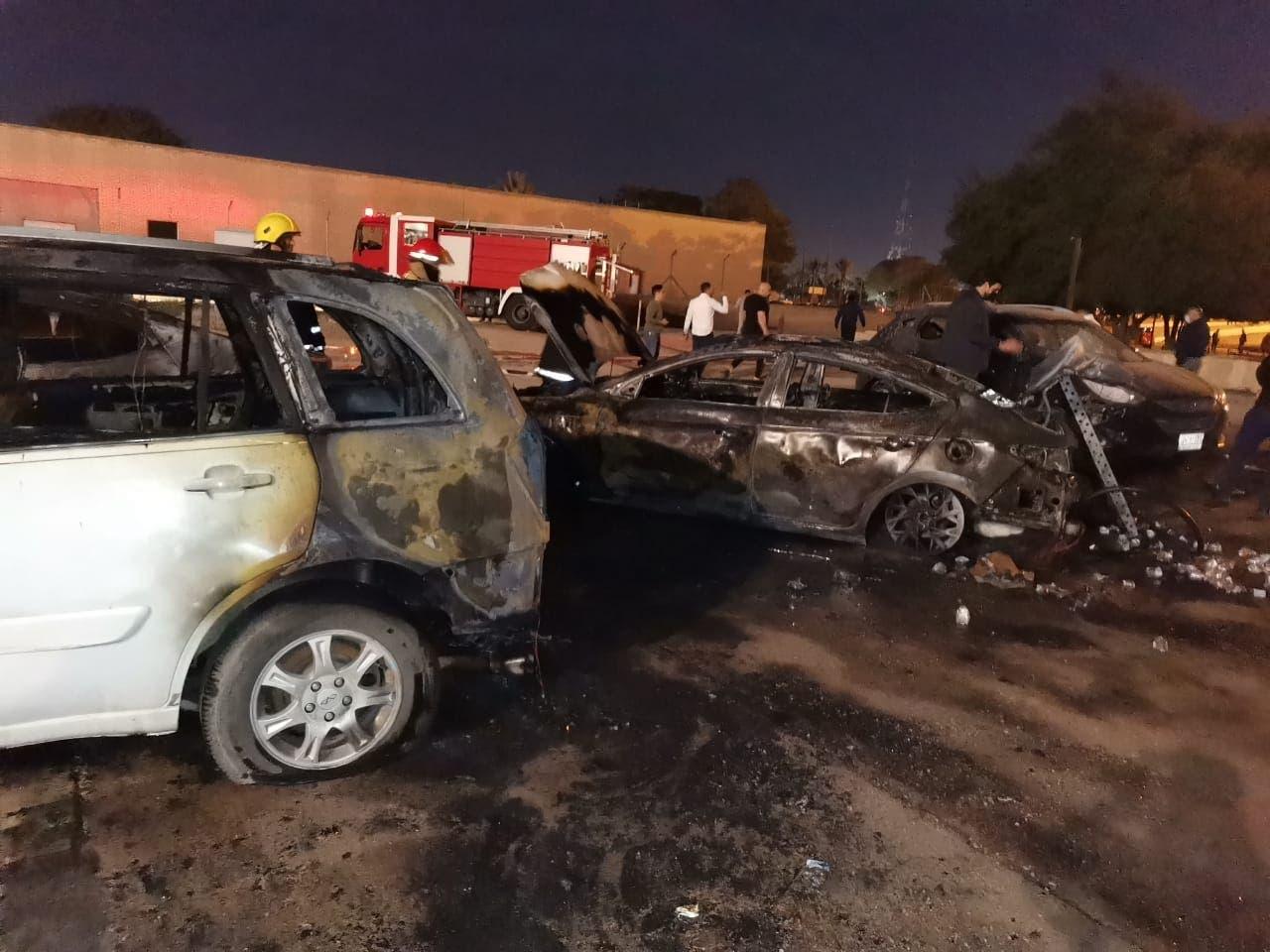 من آثار الصواريخ في بغداد أمس