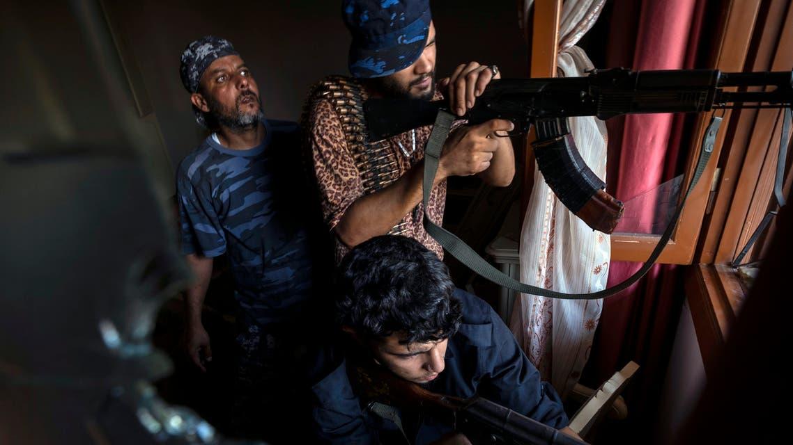 فصائل مسلحة وميليشيات ليبية يف طرابلس (أرشيفية- أسوشييتد برس)
