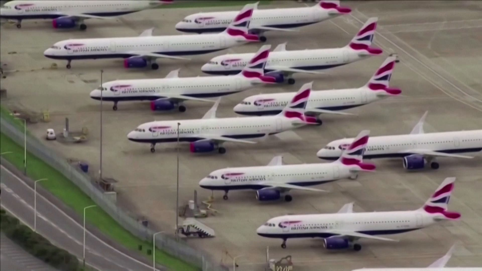 Planes gounded Britain's Heathrow during the COVID-19 pandemic. (File photo)