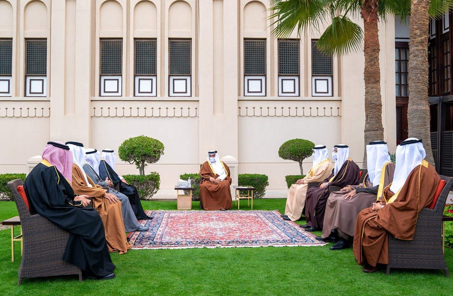 خلال اجتماعه مع الصحافيين