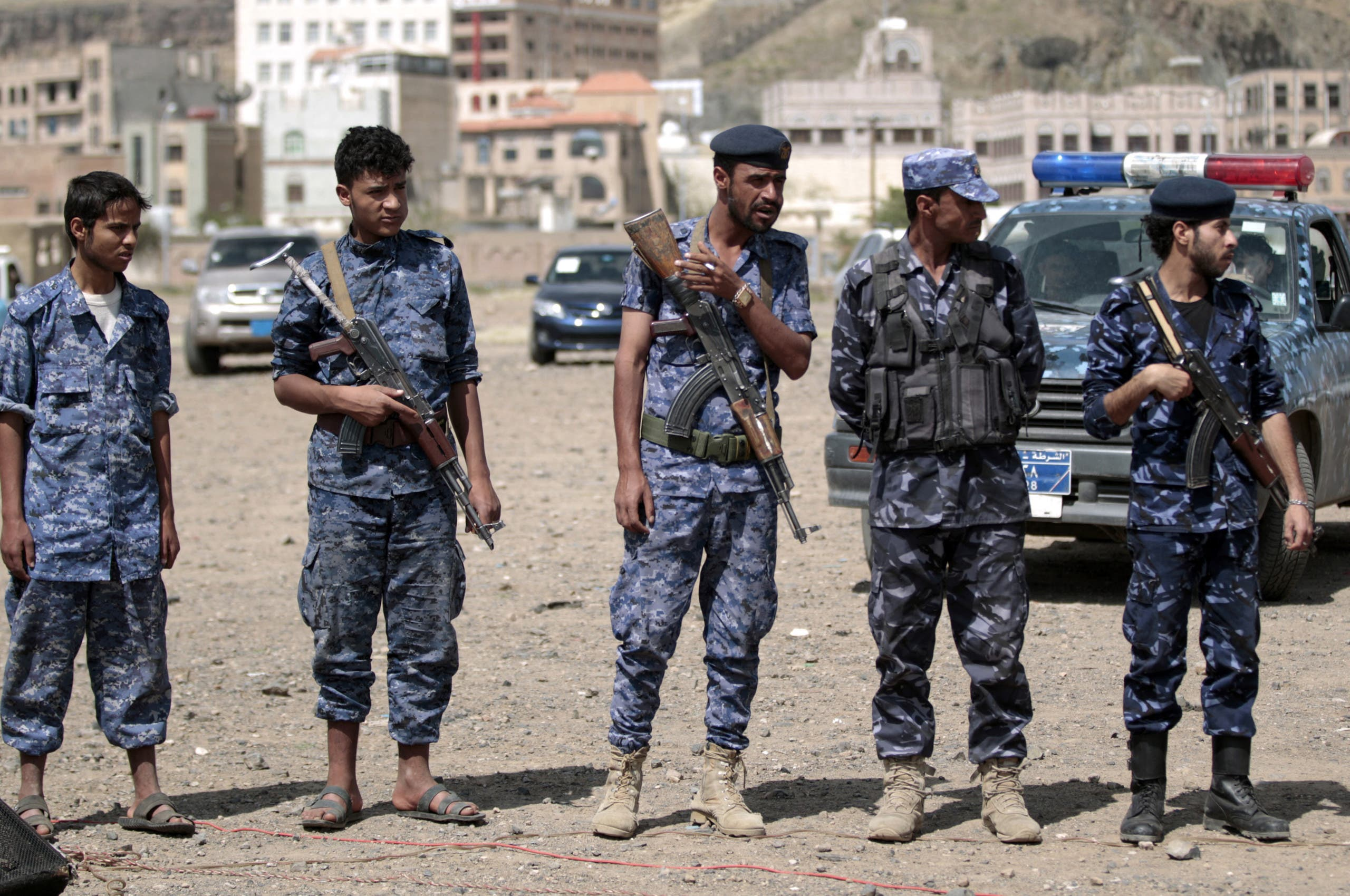 عناصر من شرطة الحوثيين في صنعاء (أرشيفية)