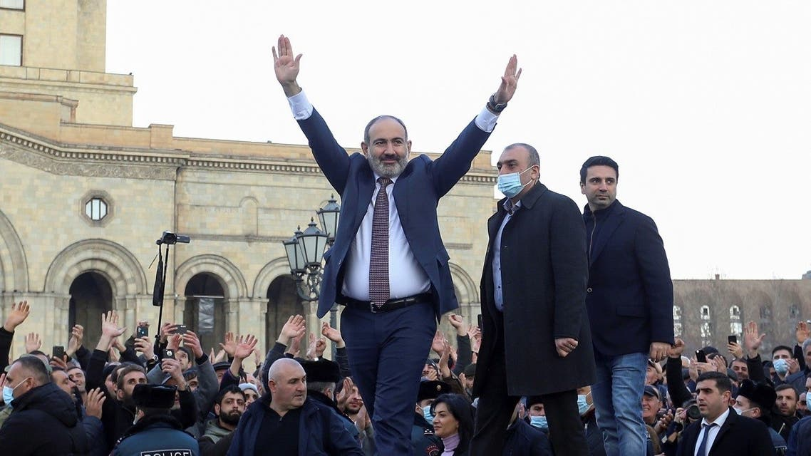 Armenian PM Nikol Pashinyan greets his supporters in Republic Square in Yerevan, Feb. 25, 2021. (Reuters)