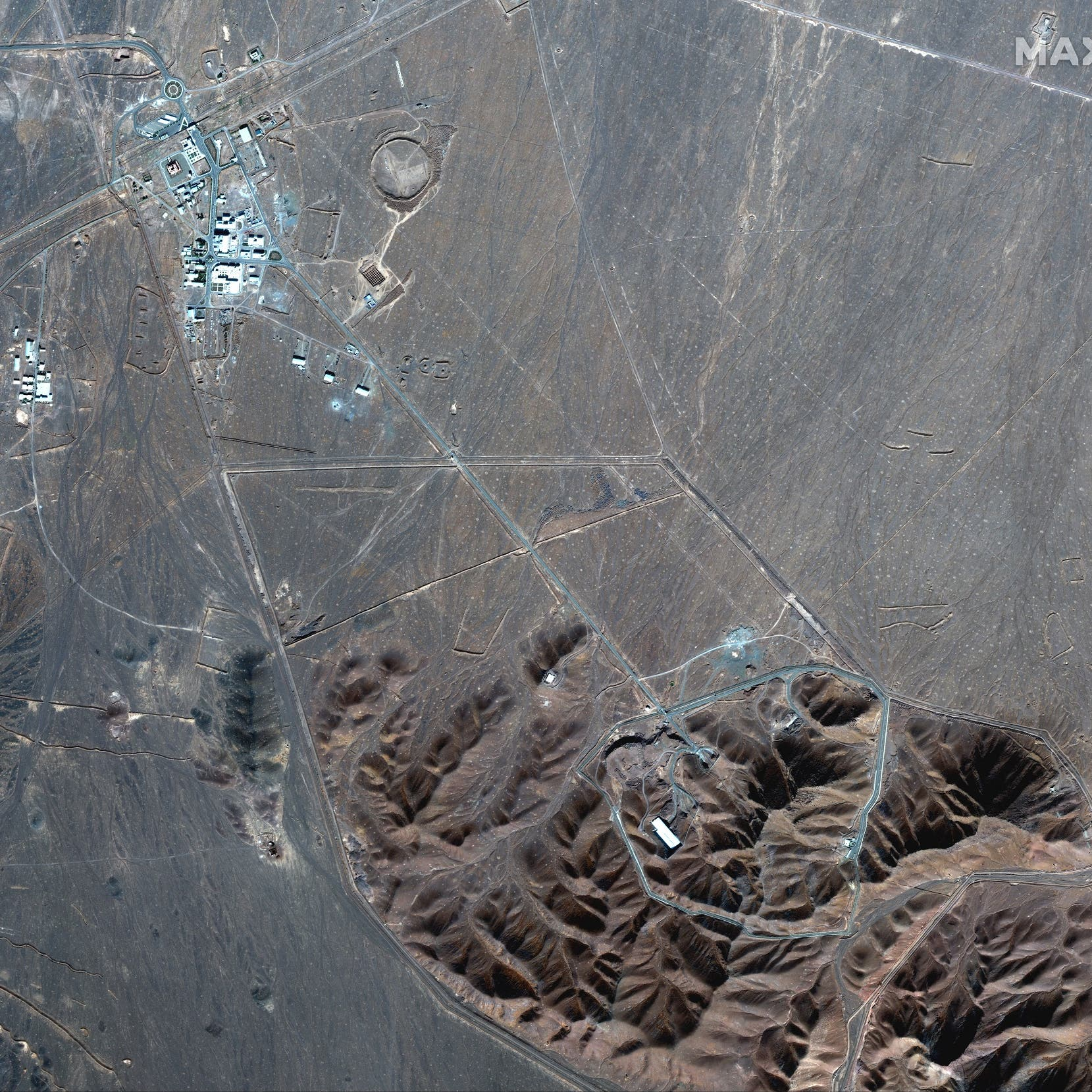إيران تفخخ جهود أوروبا.. أجهزة طرد جديدة في موقع فوردو