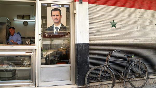شام: عسکری خدمت یا 8 ہزار ڈالر ، بشار حکومت کی عوام پر کاری ضرب