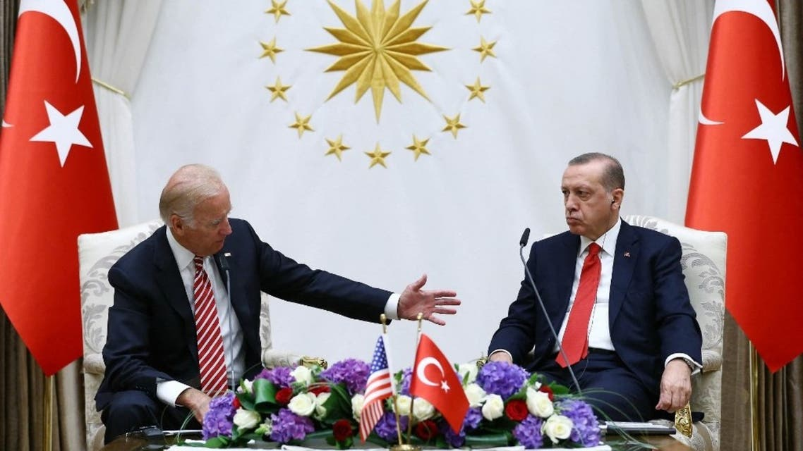 Joe Biden (L) and Turkish President Recep Tayyip Erdogan (R) speaking during a press conference in Ankara. (File photo: AFP)