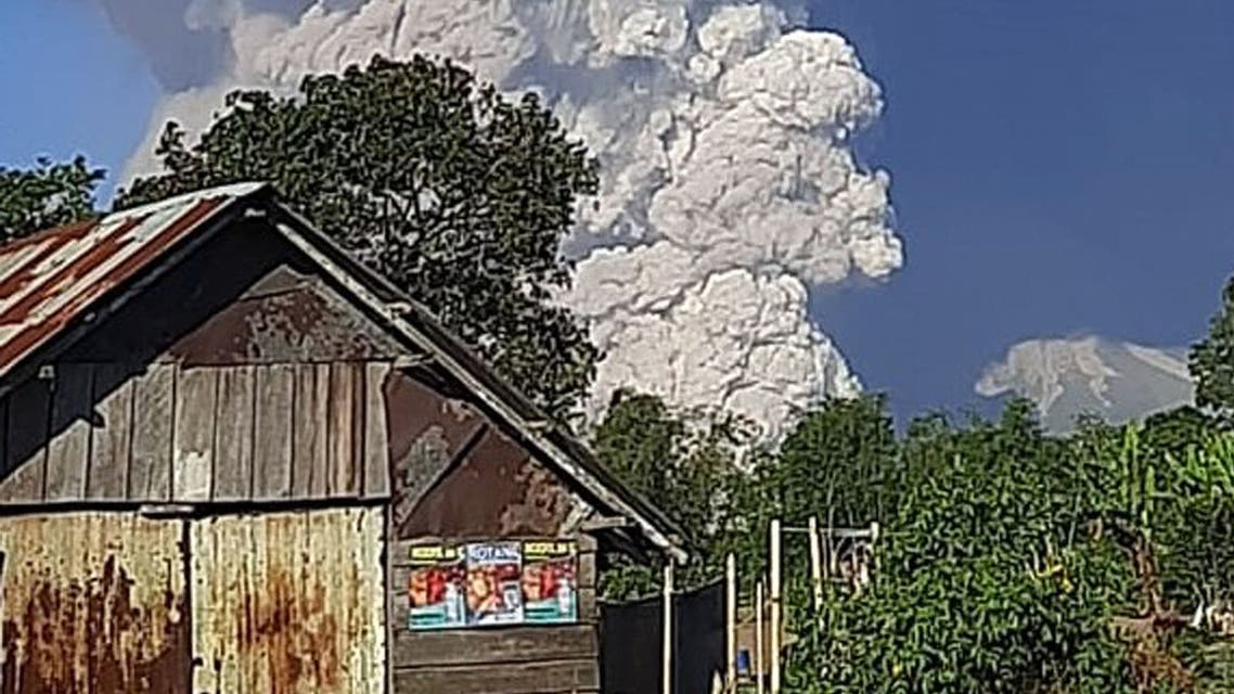 Mount Sinabung spews ash into the sky, as seen from Karo, North Sumatra on March 2, 2021. (File photo: AFP)
