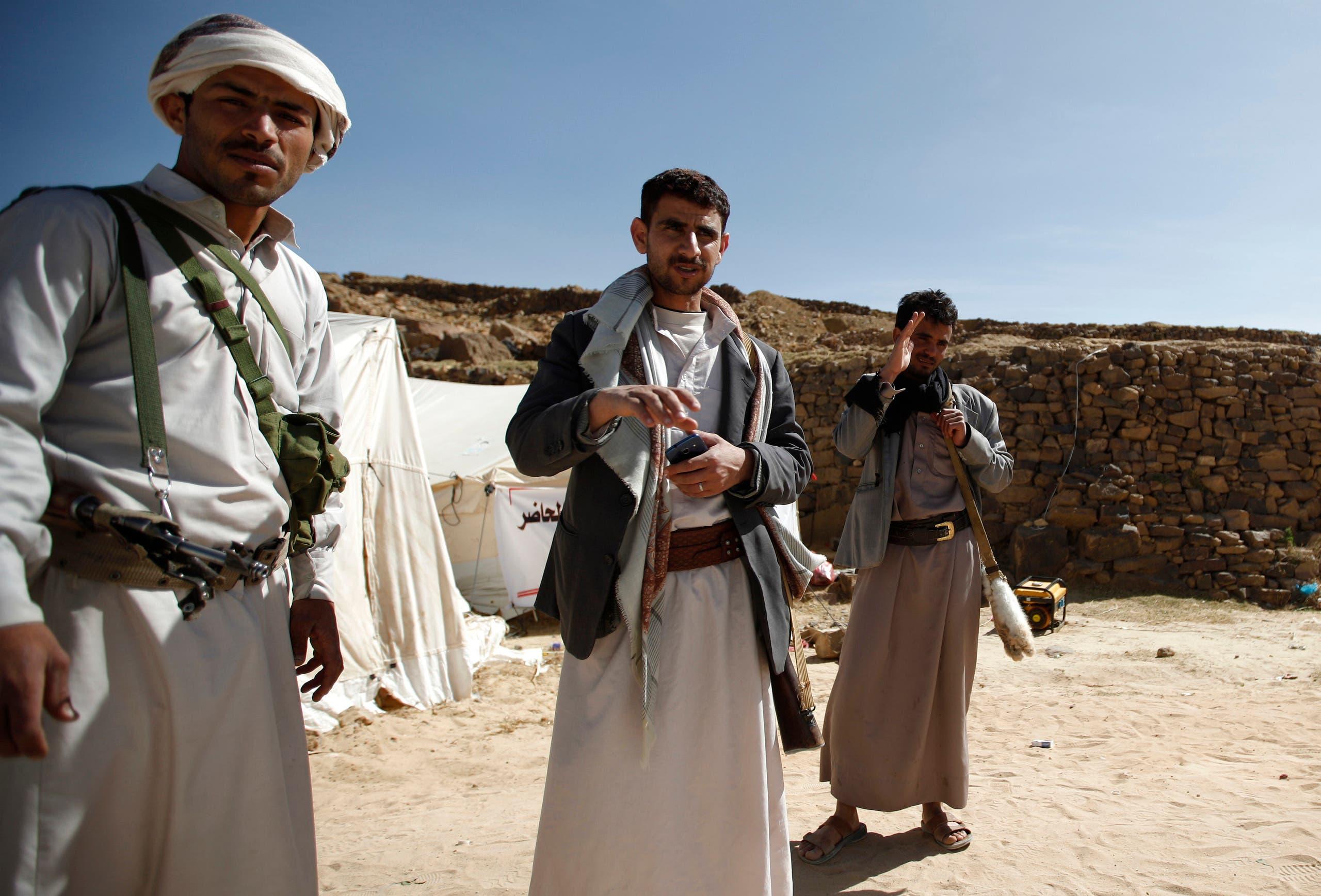 مقاتلون حوثيون في عمران (أرشيفية)