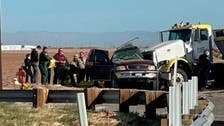 شاحنة تصطدم بسيارة محشوة بالركاب بكاليفورنيا.. وتقتل 13