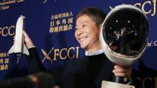 ملياردير ياباني يبحث عن مرافقين لرحلته حول القمر