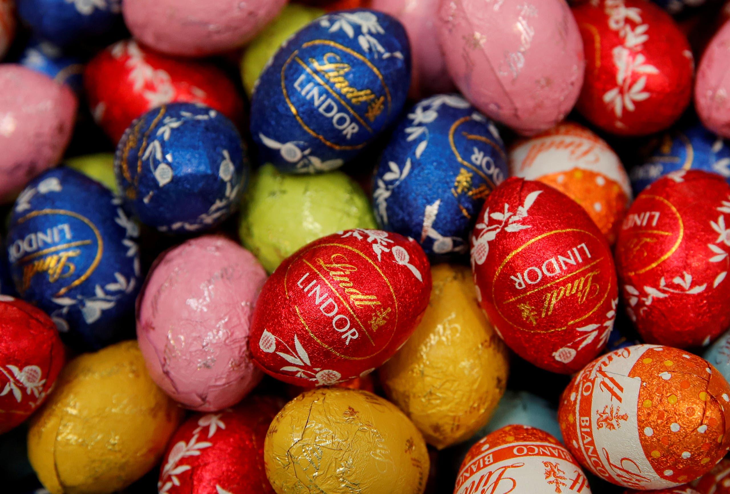 """بيض الفصح المصنوع من الشوكولاتة من صناعة شركة """"لينت"""""""