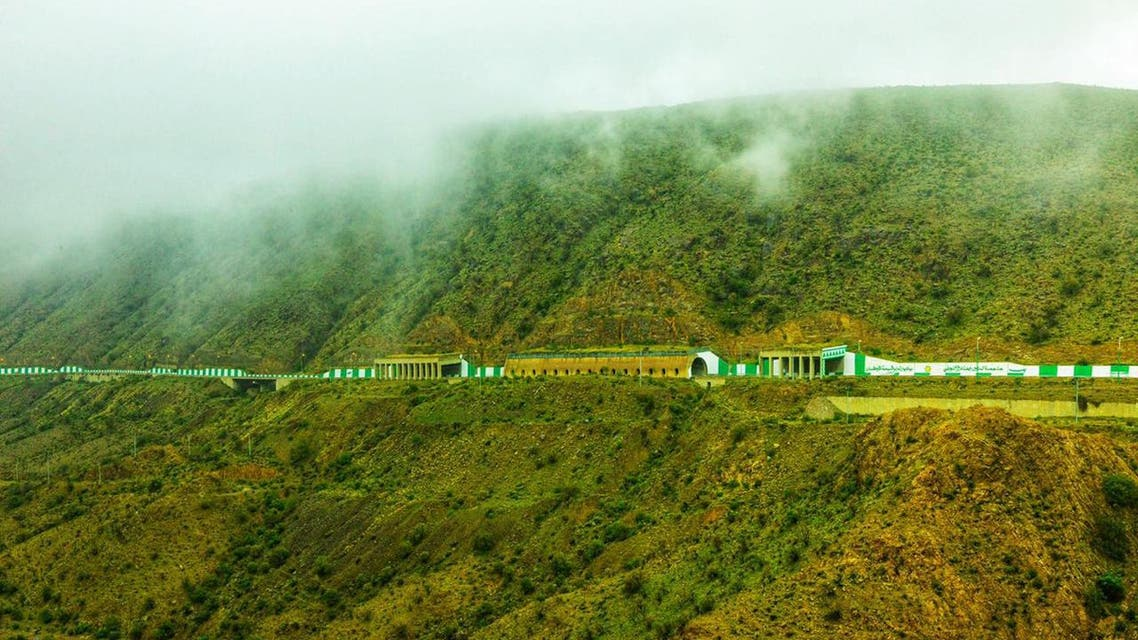 See green mountains in this Saudi city