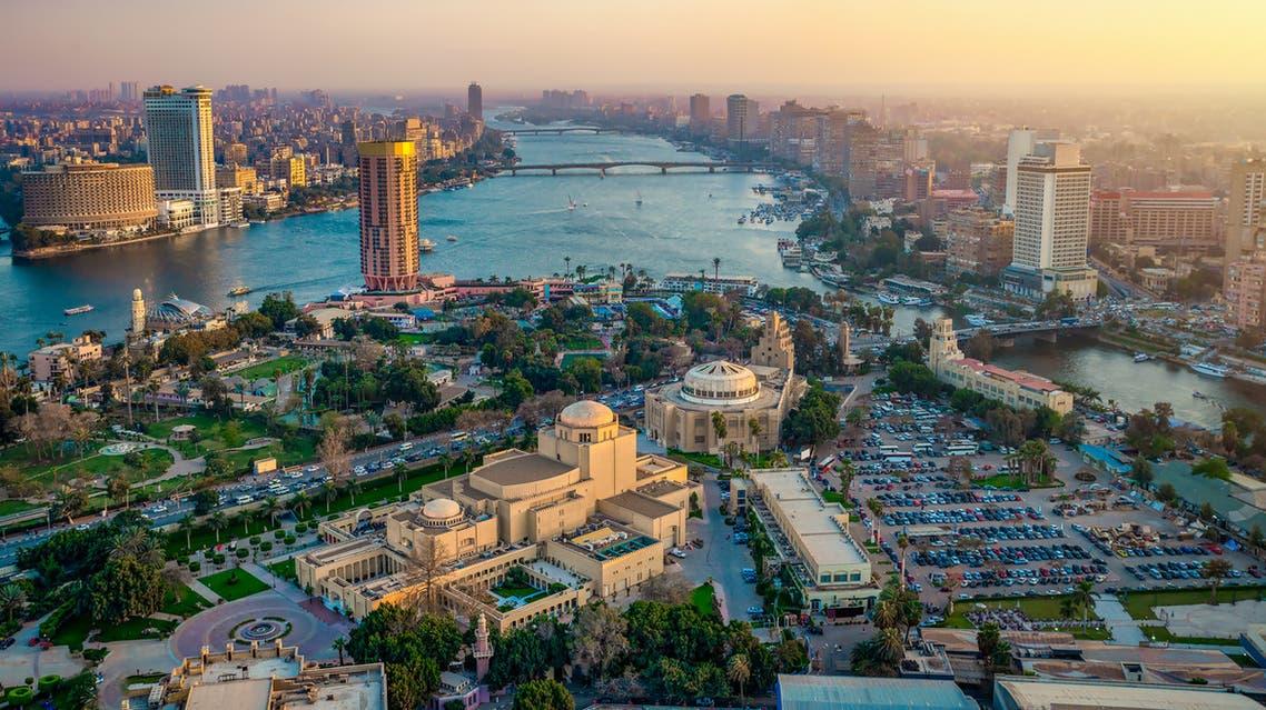 من القاهرة مصر
