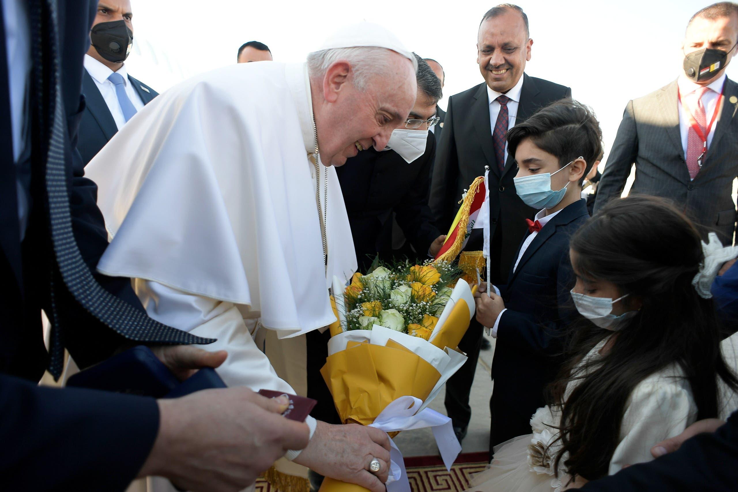البابا في النجف (رويترز)