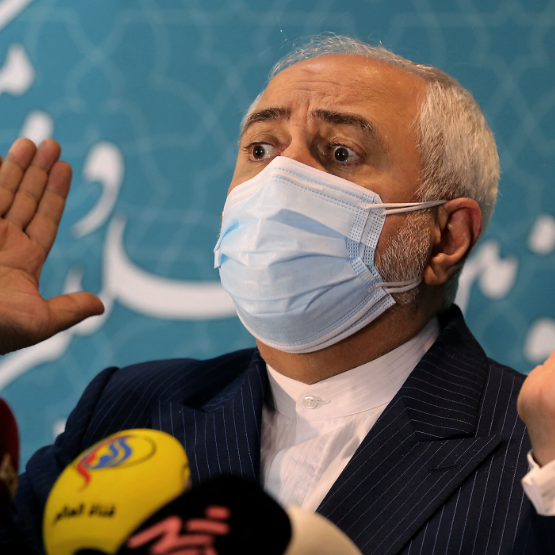 """ظريف يتهم إسرائيل باستهداف نطنز.. """"لن نقع بالفخ"""""""