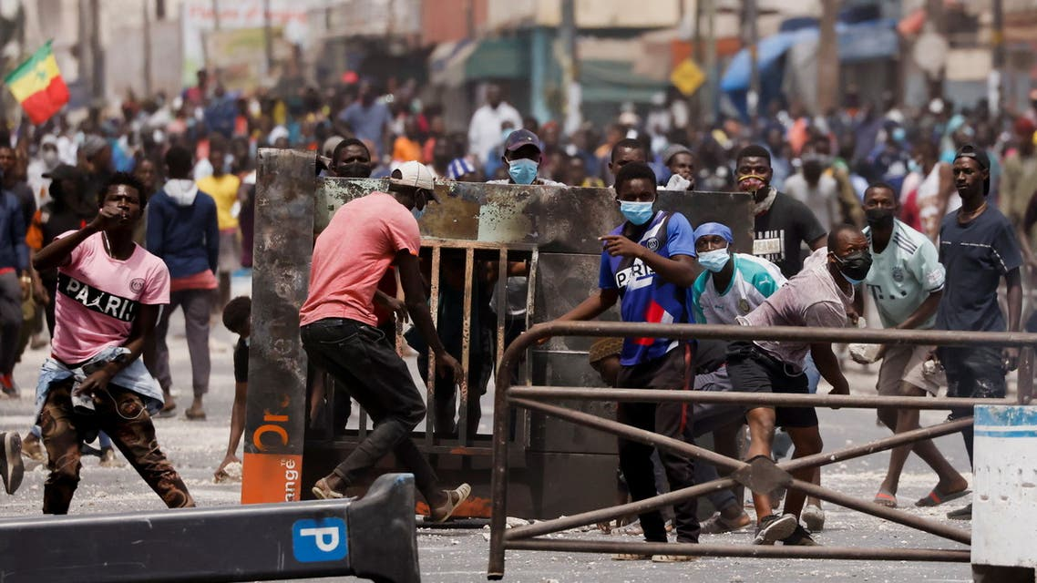 Supporters of opposition leader Ousmane Sonko, who was arrested following sexual assault accusations, clash with security forces in Dakar, Senegal March 5, 2021. (Reuters)