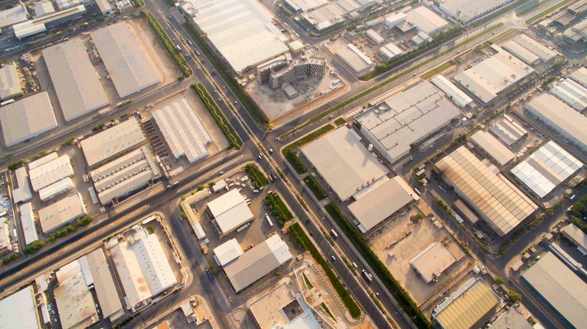 جانب من المدن الصناعية في السعودية