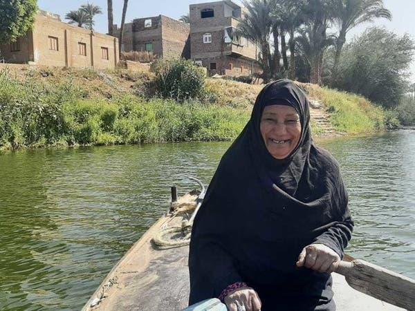 بيوم المرأة.. قصة مسنة مصرية عملت بالزراعة لتربية وتزويج أبنائها