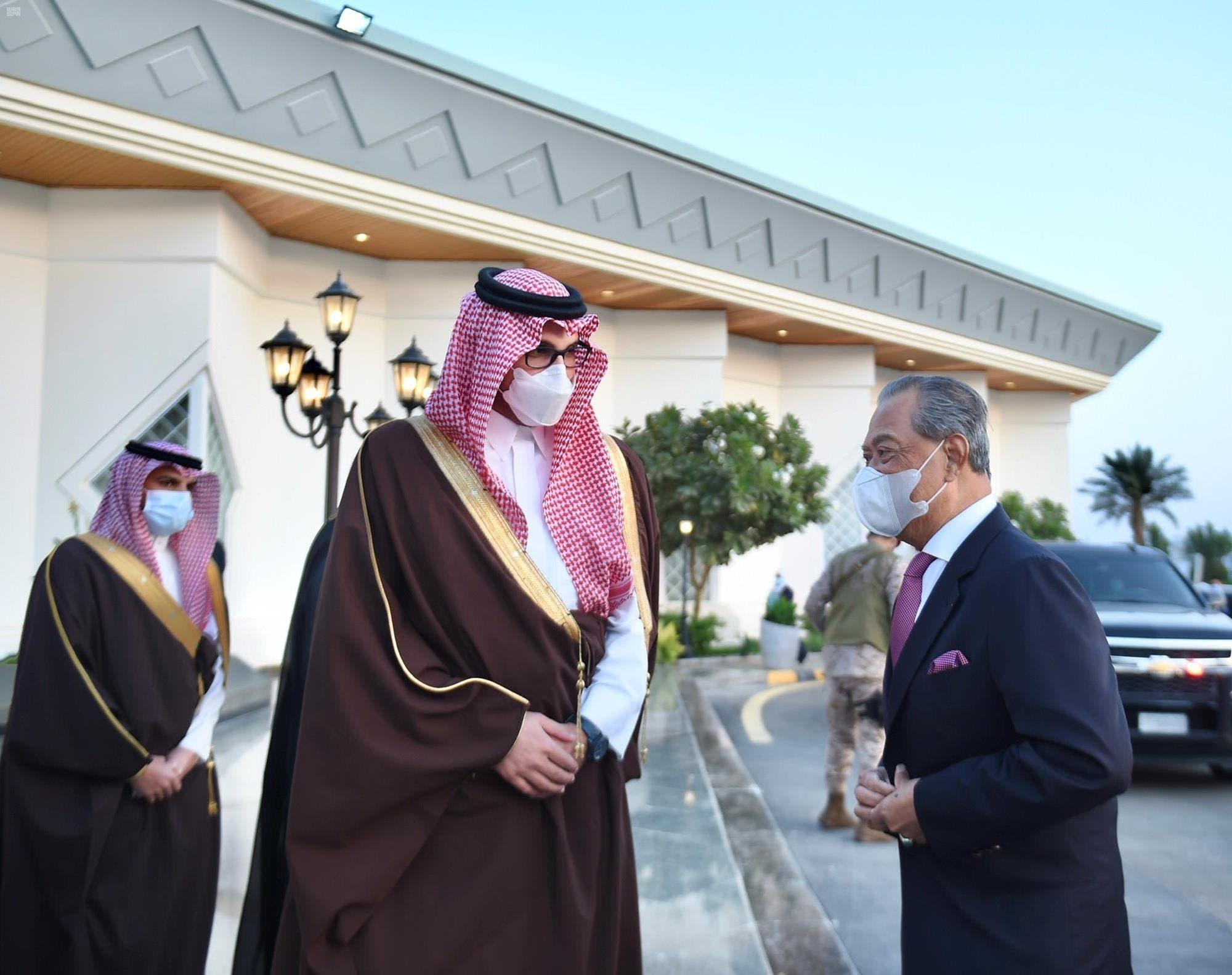رئيس الوزراء الماليزي يغادر المدينة المنورة وسمو نائب أمير منطقة المدينة المنورة