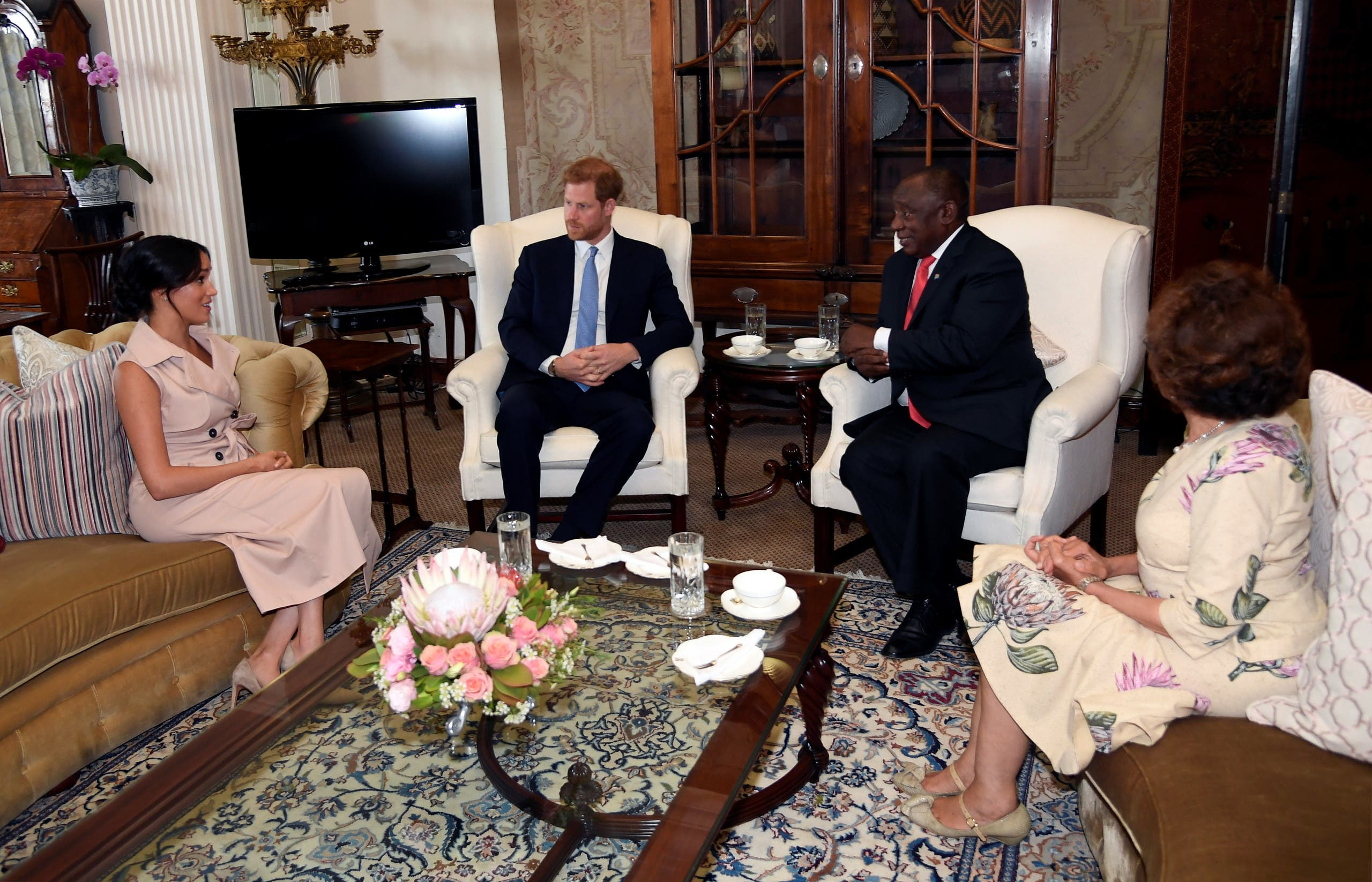 Britain's Prince Harry, Duke of Sussex and Meghan, Duchess of Sussex, meet with South Africa's President Cyril Ramaphosa and his wife Tshepo Motsepe at Presidential Official Residence in Pretoria, South Africa, October 2, 2019. (Reuters)
