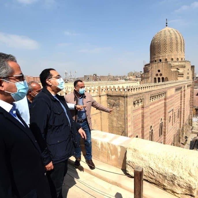 رئيس وزراء مصر: ملتزمون بالحفاظ على كافة مناطق القاهرة التاريخية