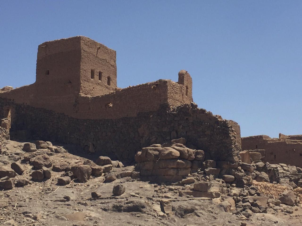 سعودی فوٹو گرافر اور آثار قدیمہ کےامور کے ماہر عبدالالہ الفارس نے 'فدک' شہر کے تاریخی مقامات کی سیاحت کے دوران بعض مقامات کو اپنے کیمرے میں محفوظ کیا۔