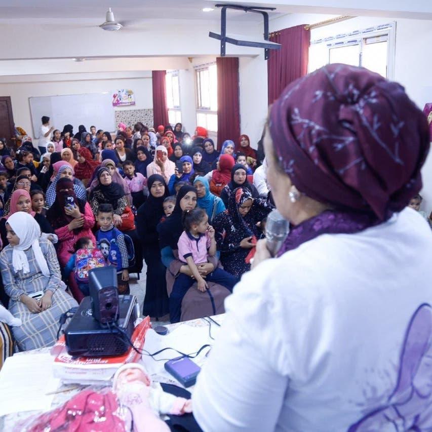 في ذكرى يوم المرأة المصرية.. رحلة كفاح طبيبة إلى مقعد بالبرلمان