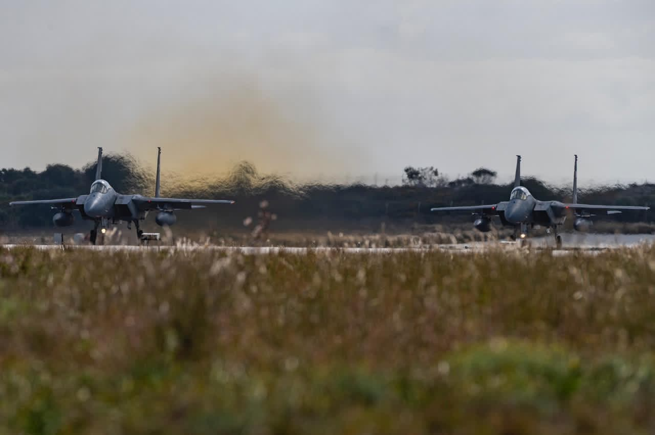سعودی عرب اور یونان کی مسلح افواج کی مشترکہ  مشقیں  جمہوریہ یونان کے سودا فضائی اڈے پر کل منگل سے شروع ہوگئی