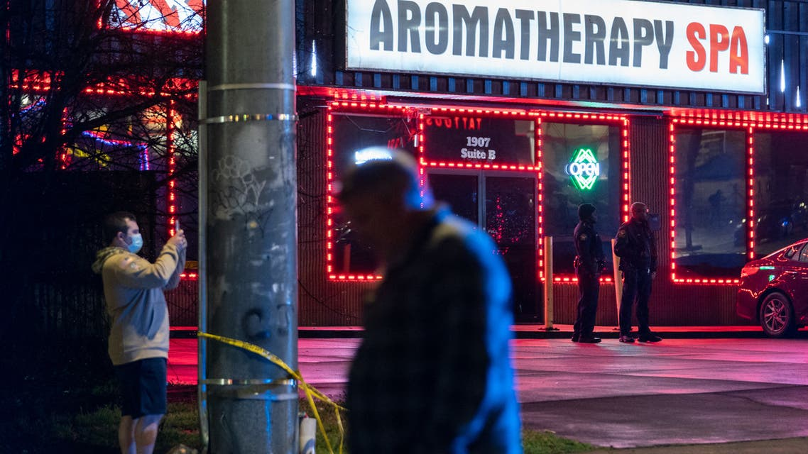 Law enforcement personnel are seen outside a massage parlor where a person was shot and killed on March 16, 2021, in Atlanta, Georgia. (File photo: AFP)
