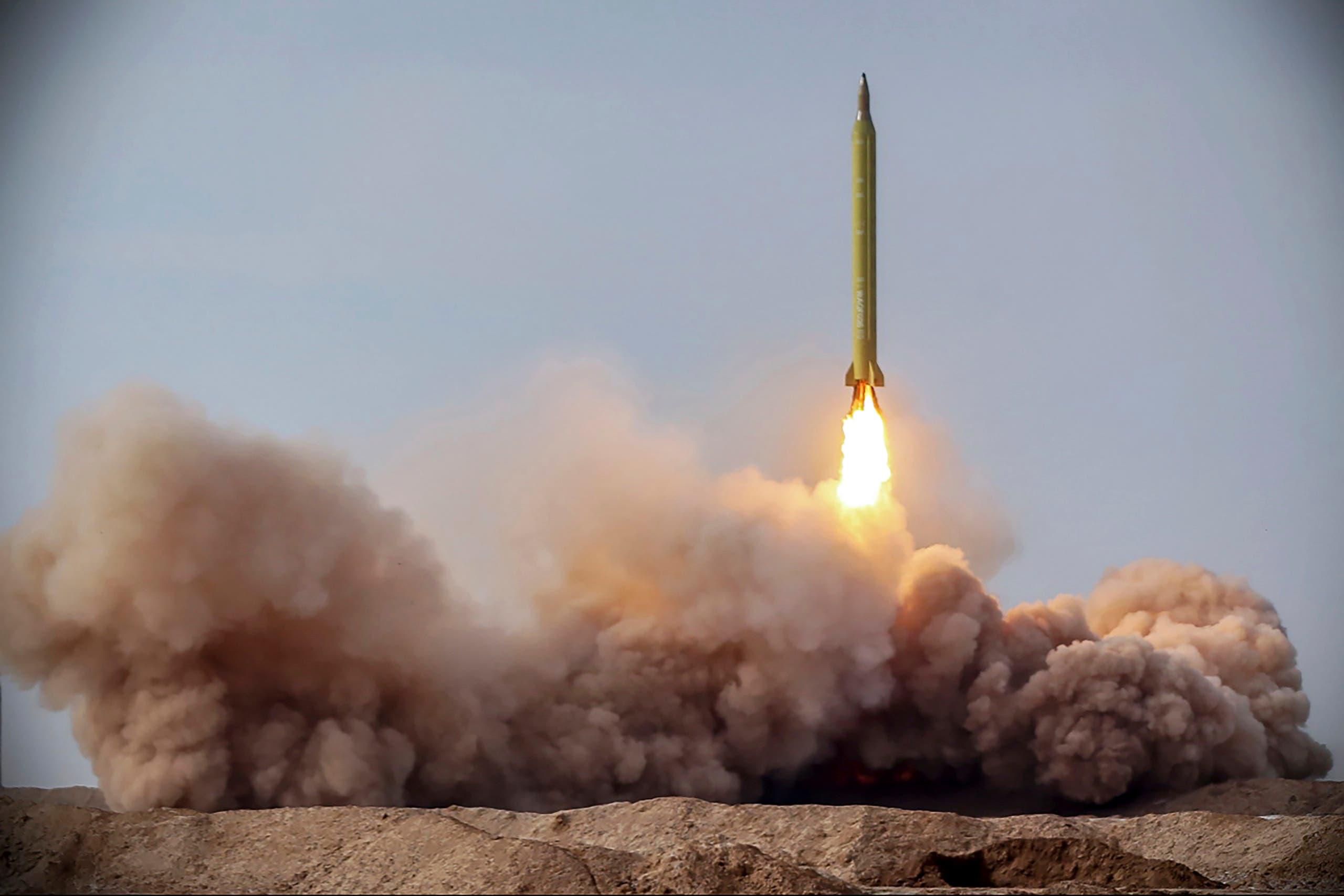 ایران کی جنگی فوجی مشقوں میں میزائل کا تجربہ