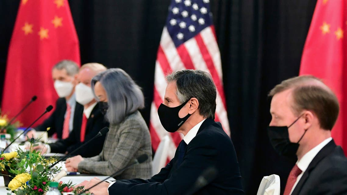 The US delegation led by Secretary of State Antony Blinken (C), flanked by US National Security Advisor Jake Sullivan (R), face their Chinese counterparts at the opening session of US-China talks at the Captain Cook Hotel in Anchorage, Alaska on March 18, 2021. (File photo: AFP)