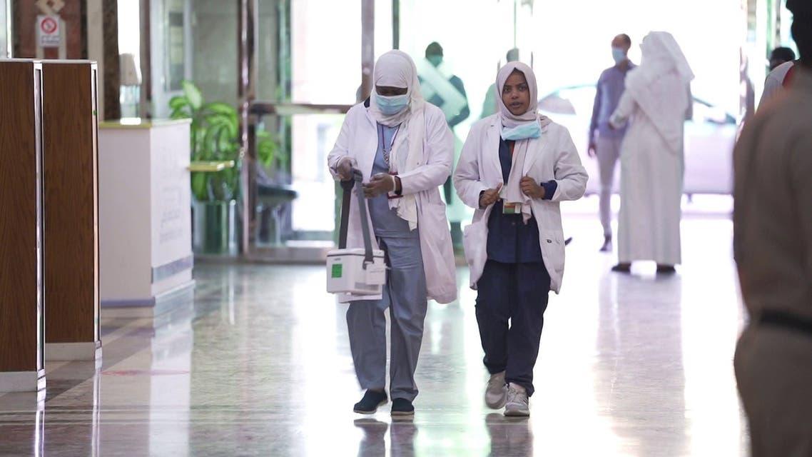 أطباء تونس يواجهون كورونا بإمكانيات محدودة