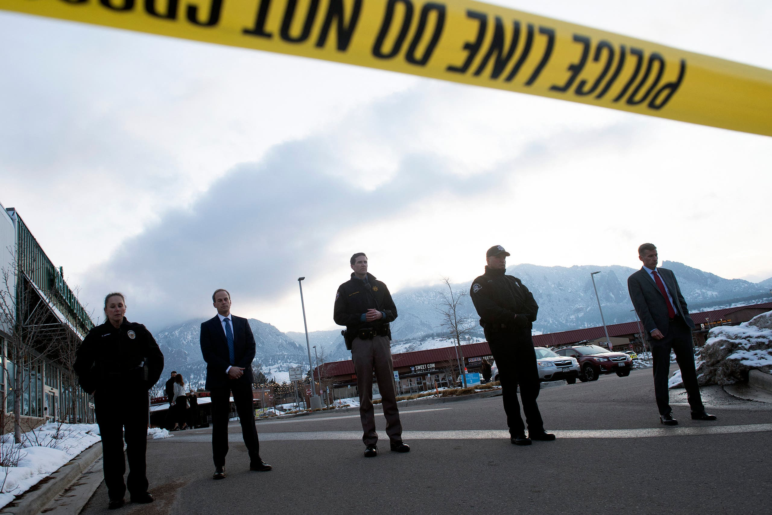Law enforcement officials wait to address the media after a mass shooting at the King Soopers grocery store in Boulder, Colorado on March 22, 2021. (File photo: AFP)